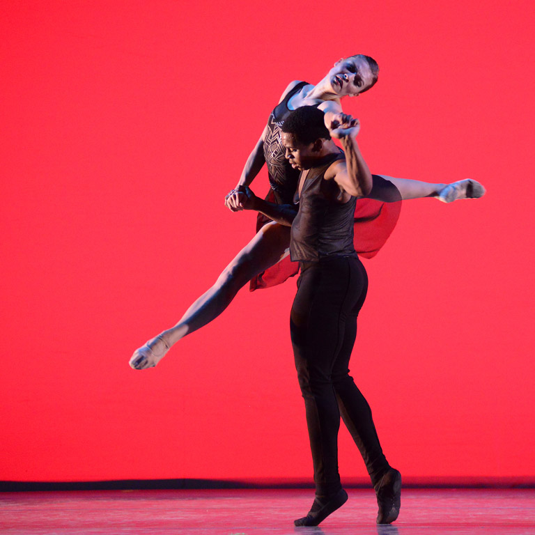 Two dancers performing lift during Fall Ballet.
